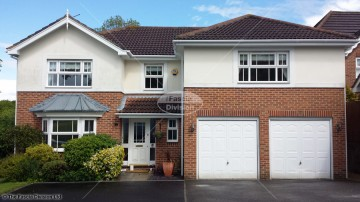 White square guttering, soffit and fascia in Whiteley, Fareham, Hampshire