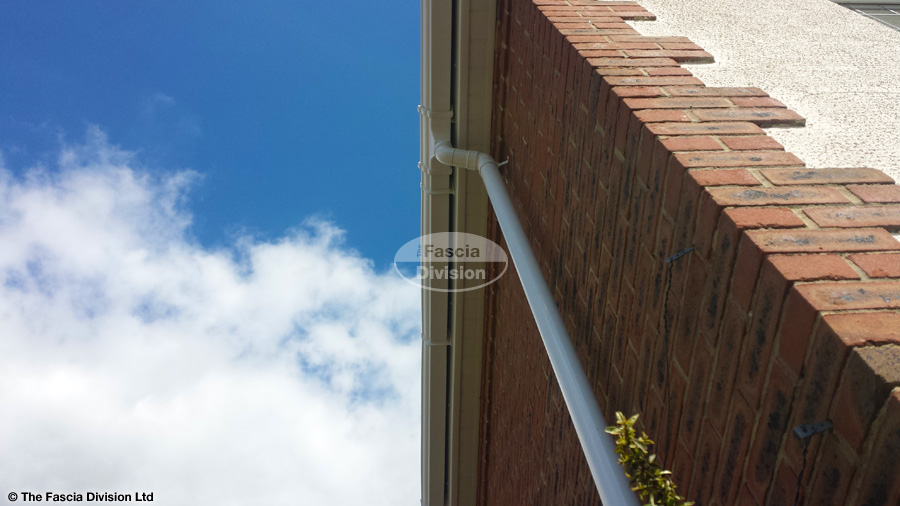 White Upvc Fascia And Soffit With White Ogee Guttering