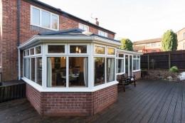 Lightweight Equinox roof system