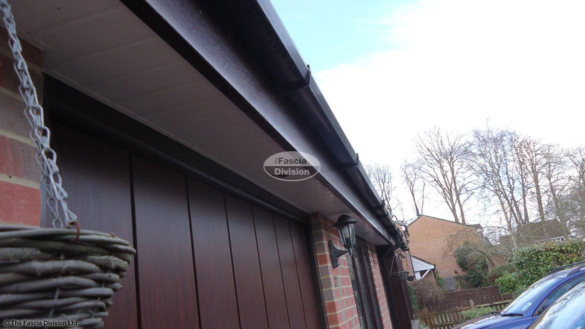 Recent Rosewood Fascia Board White Tongue Amp Groove Soffit