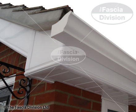 Seamless White Ogee Guttering
